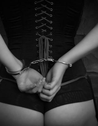 bondage-2281182_1920